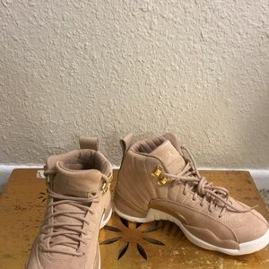 4265a1966e6f Nike Shoes - NEVER WORN   women Air Jordan 12 Retro